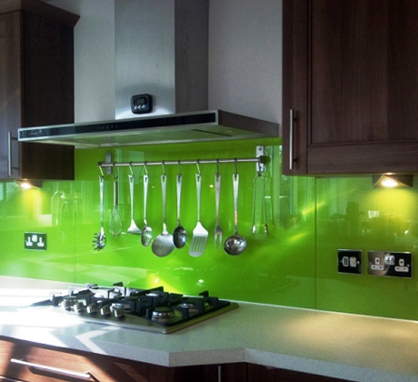Hot kitchen trend colored glass backsplash darkofix blog for Back painted glass tile